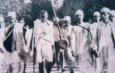Old photo showing Gandhi on the Salt March
